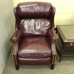 New-Used Office Furniture, office chairs, conference tables, desks   Office Furniture Mart Indianapolis, Indiana